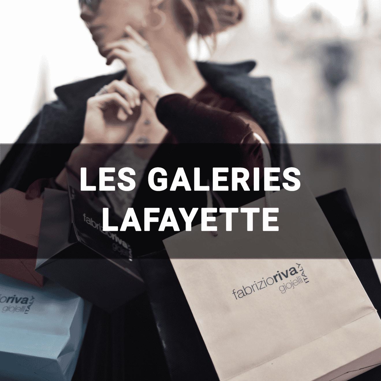Femme qui fait du shopping - Les galeries Lafayette